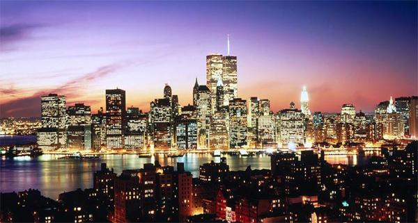Viajes a Nueva York: vista de noche de la gran manzana.